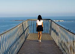 Mirador del Faro con parapentes